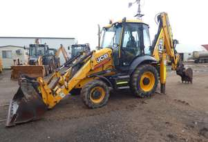 JCB 3CX Backhoe Loader - with Front and Rear Hyd Quick Hitch