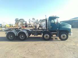 Mack ML - picture0' - Click to enlarge