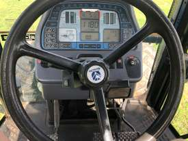 2004 New Holland 8970 Tractor - $51,425 plus GST - picture2' - Click to enlarge