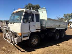 MITSUBISHI tipper truck - picture0' - Click to enlarge
