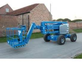 Genie Z45/25 4WD 45ft Articulating Boom Lift - picture8' - Click to enlarge