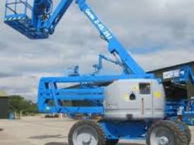 Genie Z45/25 4WD 45ft Articulating Boom Lift - picture11' - Click to enlarge