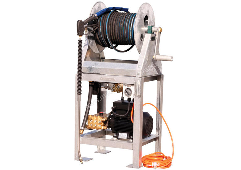 3 HP, 240 Volt 1500 PSI, 11 LPM Wash Bay Machine