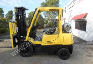 Late model Hyster container entry for hire