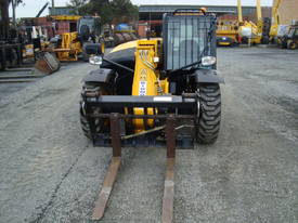 JCB 527-58 Telehandler - picture3' - Click to enlarge