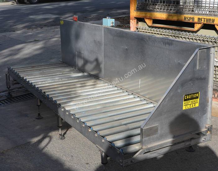Roller conveyor 750mm x 2 88m stainless frame