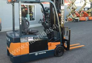 TOYOTA ELECTRIC FORKLIFT 7FBE20