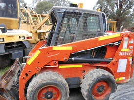 S-150 , bobcat  1372hrs - picture3' - Click to enlarge