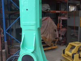 Hydraulic Hammer Montabert V55 - picture8' - Click to enlarge
