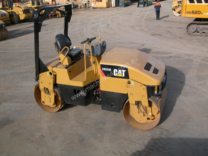 CAT CB334E 4T TWIN DRUM ROLLER