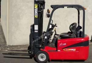 1.6T Electric 3 Wheel Forklift. 4,800 3 stage mast, side shift, solid tyres - Purhcase or Hire