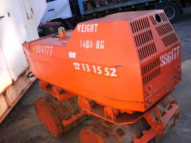trench roller  , remote control unit - picture1' - Click to enlarge
