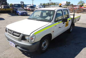 2004 Toyota Hilux 4x2 Dual Cab Tray Top Utility AUCTION