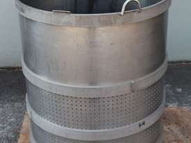 Perforated Basket - picture4' - Click to enlarge