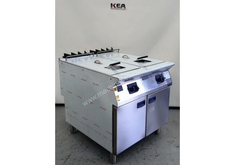 ELECTROLUX Double Well GAS FRYER