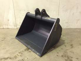 UNUSED 800MM BULK BUCKET TO SUIT 3-4T EXCAVATOR D948 - picture0' - Click to enlarge