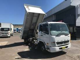 Mitsubishi Fighter 1024 Tipper Truck - picture0' - Click to enlarge