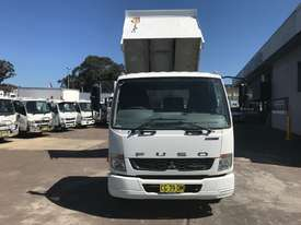 Mitsubishi Fighter 1024 Tipper Truck - picture1' - Click to enlarge