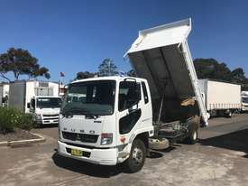Mitsubishi Fighter 1024 Tipper Truck - picture4' - Click to enlarge