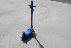 Schmelzer KR50T-2 Air Operated Hydraulic Jack - 2991-125