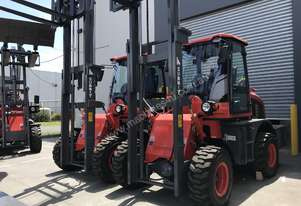 2018 Summit 3 Tonne 4WD Rough Terrain Forklift with 2 Stage 4 Meter Mast