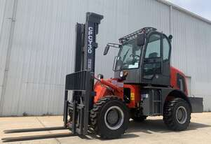 Summit 3 Tonne 4WD Rough Terrain Forklift with 2 Stage 4 Meter Mast