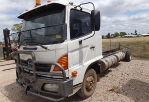Hino FD Ranger 6 Cab chassis Truck