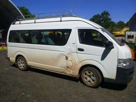 2008 Toyota Hiace Commuter (200 Series) 13 Seat Micro Bus - picture3' - Click to enlarge