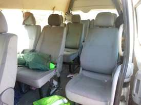 2008 Toyota Hiace Commuter (200 Series) 13 Seat Micro Bus - picture11' - Click to enlarge