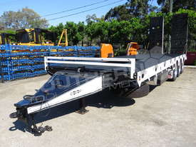 Tri Axle 28 Ton ELITE Tag Trailer Custom BLK ATTTAG - picture4' - Click to enlarge