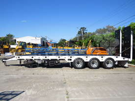 Tri Axle 28 Ton ELITE Tag Trailer Custom BLK ATTTAG - picture5' - Click to enlarge