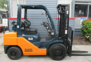 Toyota 3 ton Container Mast Used Forklift