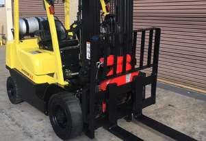 Hyster Forklift with Rotator