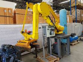 FANUC ROBOT M-410iHW Palletiser Material Handling - SALE $9,900 - 100% TAX WRITE OFF   - picture0' - Click to enlarge