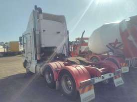 Kenworth K104 - picture2' - Click to enlarge