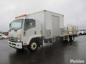 2013 Isuzu FSR 850 Long - picture2' - Click to enlarge