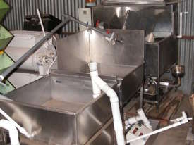 all stainless steel  Washing System - picture5' - Click to enlarge