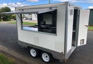 XL 2.0 Food Trailer