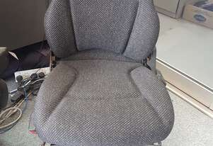 Sears 5520 Series Mechanical Suspension Seat