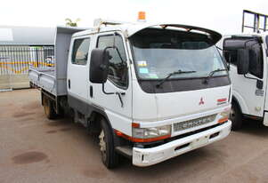 Mitsubishi 2004 Canter Tray Top Tip Truck