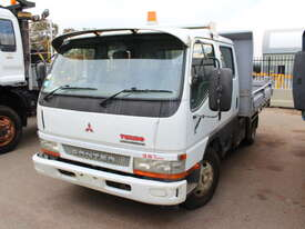 Mitsubishi 2004 Canter Tray Top Tip Truck - picture1' - Click to enlarge
