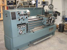 Ajax Chin Hung 430mm High Quality Metal Lathe - picture11' - Click to enlarge