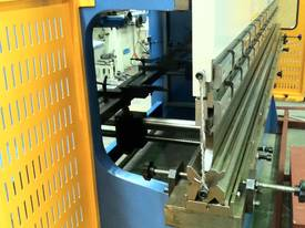 3200mm x 6mm Guillo & 3200mm x 135Ton Pressbrake - picture8' - Click to enlarge