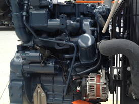 VM Motori Water-Cooled D703E2 Diesel Engine - 47HP  - picture3' - Click to enlarge