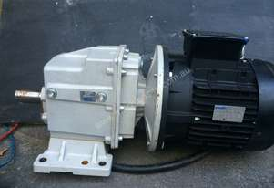 5.5KW 3 PHASE MOTOR AND DRIVE