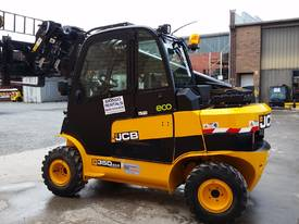 JCB TLT 35D 4X4 Teletruck - picture3' - Click to enlarge