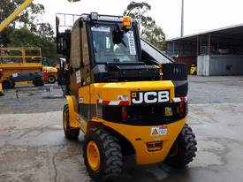 Jcb 1-6m Lift Height Telehandler Max lift 3000kg - picture4' - Click to enlarge
