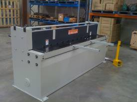 New Fintek Hydraulic Metal Guillotine 2500 x 3mm - picture0' - Click to enlarge