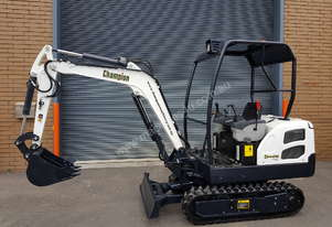 Champion Mini Excavator 1.9T - Free First Service & Local Delivery.