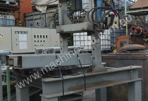 Large fabricated hydraulic press